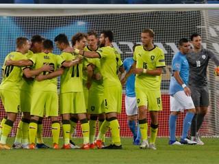 Ani sa nedotkli lopty. Českí futbalisti sa tešili z kuriózneho gólu