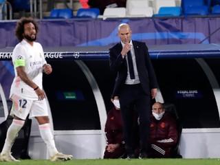 Zidane má sedem životov. Auto, ktoré vybočilo, vrátil na hlavnú cestu, píšu médiá