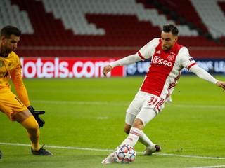Ajax kritizujú za to, že dal súperovi trinásť gólov. Pridal sa aj jeho bývalý tréner