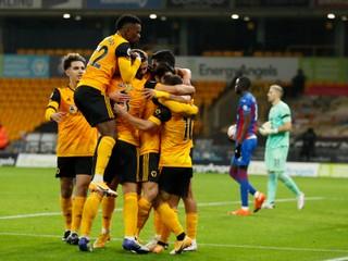 Wolverhampton zažíva najlepší štart od roku 1979, dotiahol sa na lídrov tabuľky