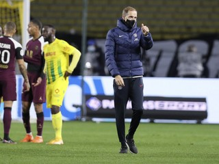 Paríž stojí na hrane vypadnutia, tréner Tuchel čelí otázkam o svojom konci