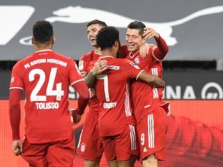 Mysli hlavou, ukazoval Haaland spoluhráčovi. Dortmund nestačil na Bayern
