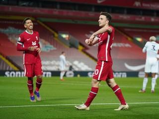 Liverpool zvíťazil aj bez hviezd, Arsenal so šťastím bodoval