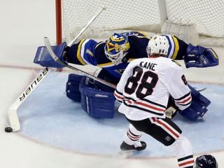 NHL: O Hartovu trofej zabojujú Kane, Crosby a Benn