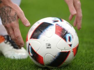Unáhlené a nepododstatnené, vraví UEFA o predčasnom ukončovaní líg
