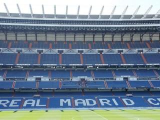 Real sa po vyše roku vráti na svoj štadión. Vstup povolia 32-tisíc fanúšikom
