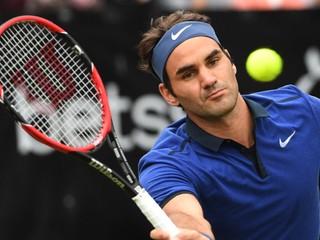 Zranil si koleno. Federer vynechá olympiádu aj zvyšok sezóny