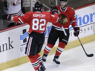 Jeho brat vyhral dvakrát Stanley Cup. Nitra angažovala Mitcha Versteega