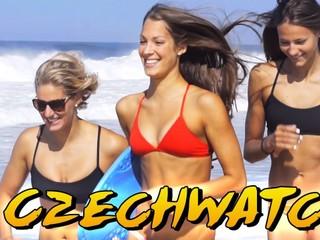 Českí plavci spravili klip, o pláže v Riu sa stará ich Baywatch