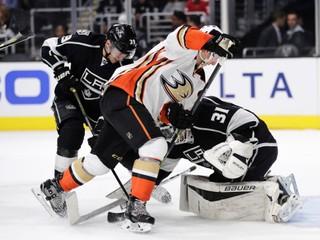 Budaj sa vracia do NHL, Los Angeles ho povolalo z farmy