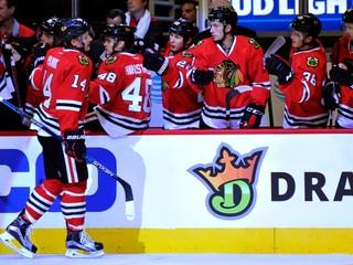 Pánik strelil hetrik a je najlepším strelcom NHL, Chára sa pobil