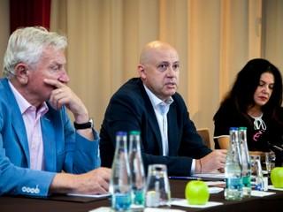 Kto je nový majiteľ Nového Času: podnikal so siskármi aj Malchárkom