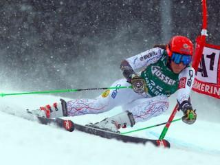 V obrovskom slalome stále boduje. Vlhovej pomáha nová talianska technika