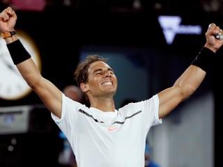 Finále medzi Federerom a Nadalom bude emotívne. Možno naše posledné, vraví Španiel