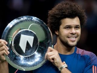 Vlani triumfoval Kližan. Tsonga vyhral turnaj v Rotterdame, vo finále zdolal Goffina
