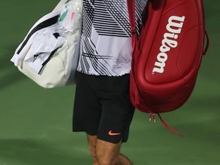 Mal k dispozícii tri mečbaly. Federer v Dubaji vypadol s kvalifikantom