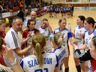 Slovenky v druhom zápase neuspeli, prehrali o päť gólov