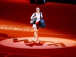 Tenistky kritizujú divoké karty pre Šarapovovú. Tenis zostáva biznisom, odkazujú