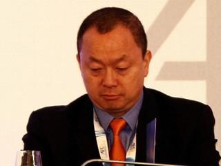 Zneužil dôveru. Bývalý funkcionár FIFA sa priznal ku korupcii