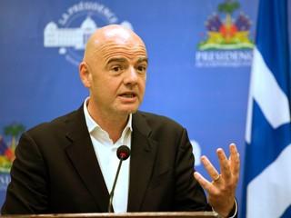 Šéf FIFA: Čo dokázali experti, ktorým sme v minulosti platili milióny?