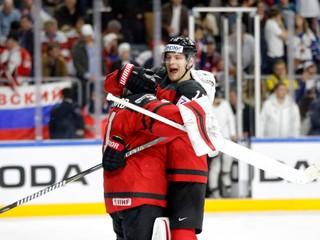 Kanada otočila zápas s Ruskom z 0:2 na 4:2 a bude obhajovať zlato