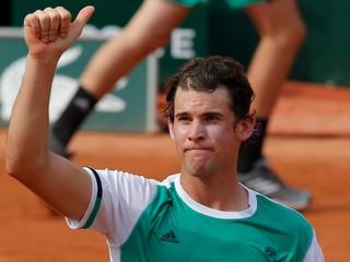 Dimitrov a Thiem postúpili do druhého kola na Roland Garros (súhrn 1. hracieho dňa)