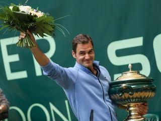 Štyri finále, štyri tituly. Federer potvrdil formu a je favoritom Wimbledonu