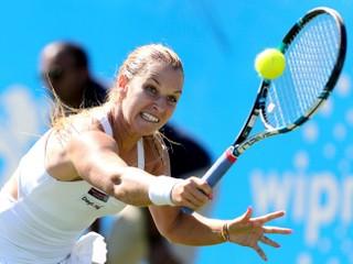 Cibulková titul v Eastbourne neobháji, prehrala prvý zápas