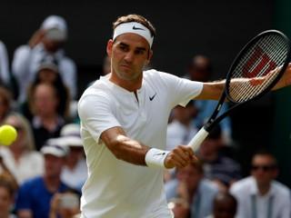 Federer a Djokovič uspeli, darilo sa aj bratom Zverevovcom (súhrn 2. hracieho dňa)