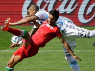 Irán vyhodil kapitána reprezentácie, dovolil si hrať proti klubu z Izraela