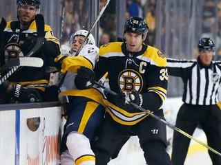 Chárovi sa budú smiať do očí, no on sa nepomstí. NHL zvažuje veľké zmeny