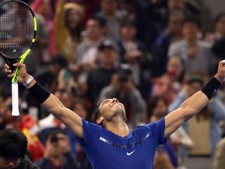 Nadal vo finále v Pekingu zničil Kyrgiosa a získal svoj 75. titul v kariére
