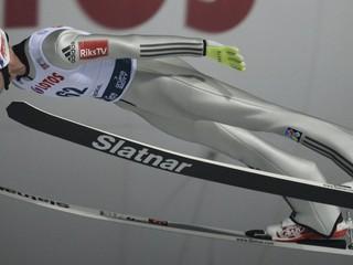 V úvodných pretekoch sezóny triumfovali Nóri