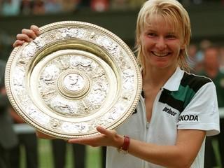 Vo veku 49 rokov zomrela bývalá wimbledonská víťazka Jana Novotná