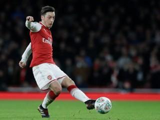Özil obhajoval Ujgurov, Čína vyradila Arsenal z programovej ponuky