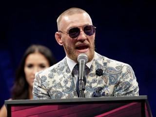 McGregor zaútočil na autobus s bojovníkmi MMA a skončil v cele