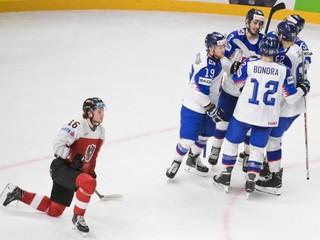 Hokejisti otočili zápas s Rakúskom a oslavujú prvé víťazstvo na šampionáte