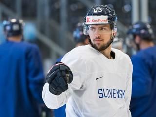 Ďalší Slovák v NHL. Bakoš podpísal zmluvu s Bostonom