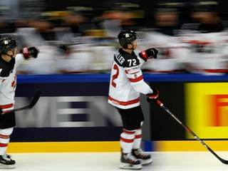 Kanada vyradila Rusko po predĺžení, využila presilovú hru