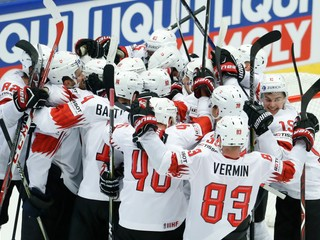 Švajčiari otočili zápas, senzačne vyradili Fínsko