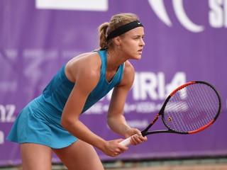 Schmiedlová vyradila na turnaji v Prahe Kužmovú