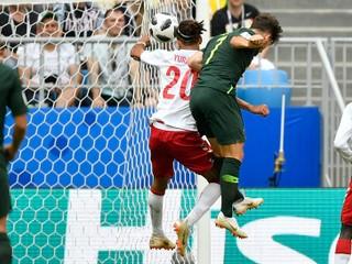 Austrálii pomohlo video, vďaka penalte remizovala s Dánskom