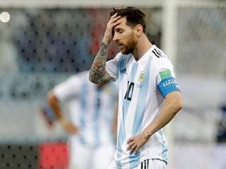 Messi má pri hlave revolver. Ak nevyhrá, zabije ho, tvrdí tréner