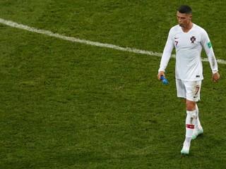 Ronaldo o budúcnosti nehovorí. Kapitán by mal zostať, želá si tréner
