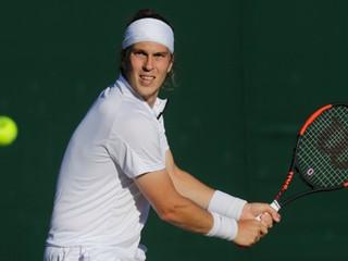 Lacko zvládol náročný zápas, vo Wimbledone si zahrá proti Federerovi