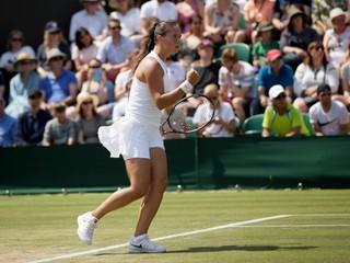 Svetová jednotka vo Wimbledone skončila, nestačila na nenasadenú hráčku