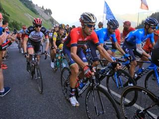 Vyhral pred štyrmi rokmi. Nibali má zlomený stavec a na Tour skončil