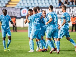 Slovan rozhodol šláger kurióznym gólom, Trnava prehrala so Žilinou