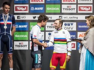 Sagan odstúpil. Po pretekoch zavesil medailu na krk nového majstra sveta
