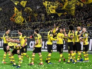 Dortmund si udržal šancu na titul, Zreľákov Norimberg definitívne vypadne